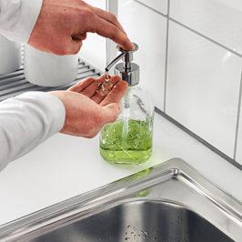 Как с помощью средства для мытья посуды очистить свой дом
