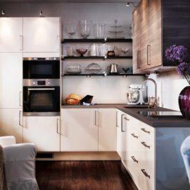 Наводим порядок в кухонных шкафах и ящиках