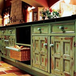 Как и что хранить в кухонных шкафах и ящиках
