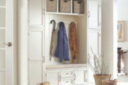 Мебель для прихожих: готовые комплекты
